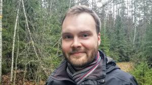 Kirjoittaja Tino Karolaakso on psykologi ja tutkija.